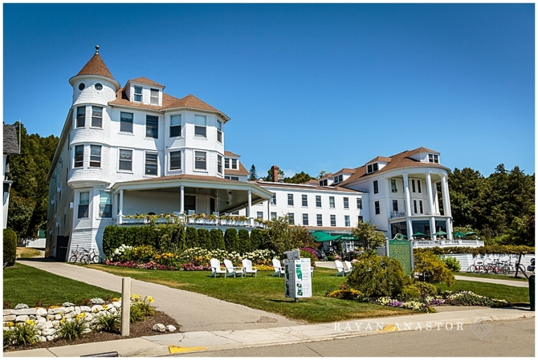 The Island House On Mackinac For A Wedding Venue
